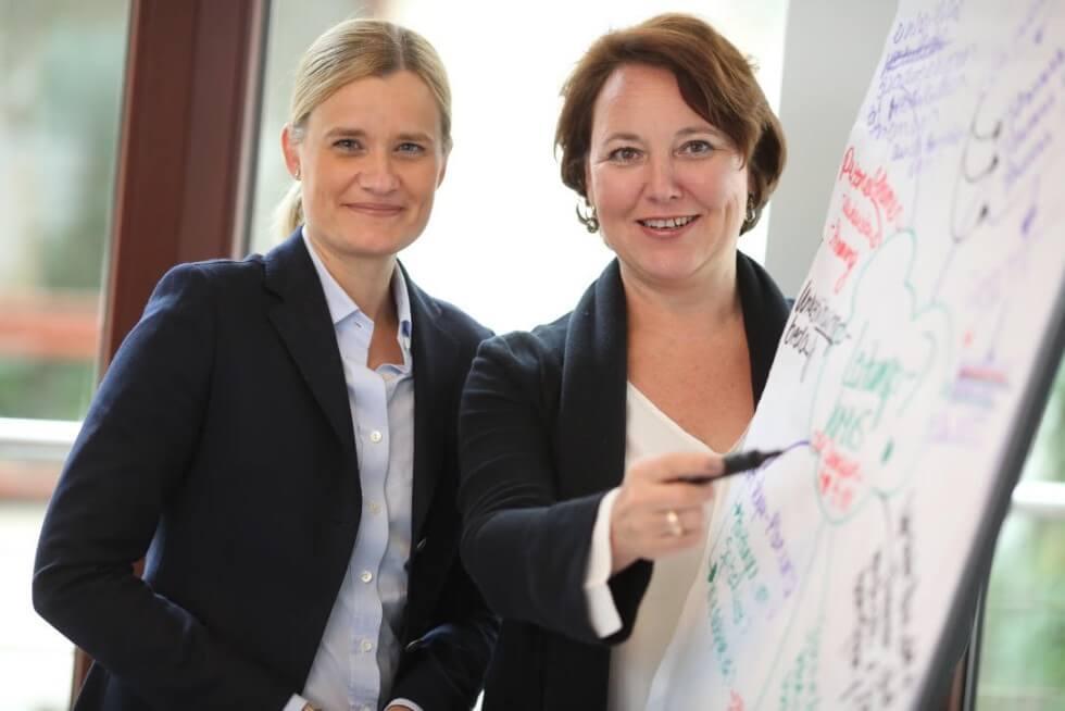 Nathalie Forssman-Trevedy, Haus Baden, und Ruth Annen, die Beziehungsmanager.
